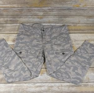 Khakis by Gap Women's Pants Camo Size 12